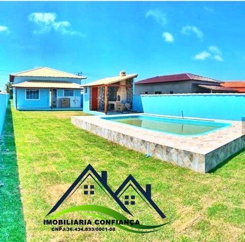 01- Linda Casa em Condomínio, 2 Quartos com piscina / Região dos Lagos