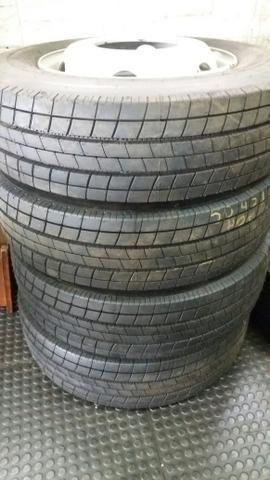 Vendo quatro pneus novos com rodas do acello - Foto 7