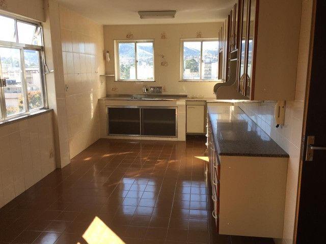 Vendo - Apartamento com dois dormitórios no Centro de São Lourenço-MG - Foto 9