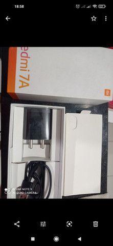 Vendo caixa e carregador original Redmi 7 A - Foto 2