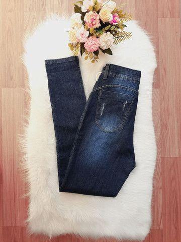 Calça jeans com cinta modeladora. Somente tamanho 38/40/44. Parcelo em 3X de R$ 40,00. - Foto 4