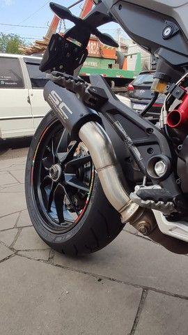 Escapamento Ducati Hypermotard 821