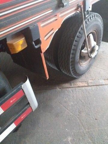 Caminhão Mercedes 608 - Foto 14