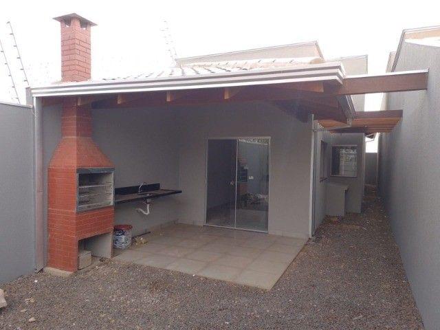 Casa nova com acabamento fino, no bairro Figueiras do Park! - Foto 3
