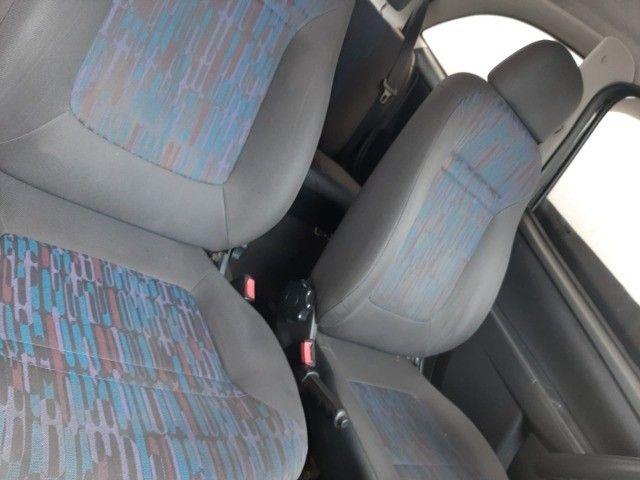 Chevrolet Celta 1.0 VHC muito novo, Raridade!! - Foto 6