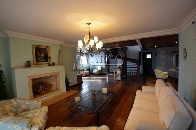 Oportunidade linda casa, local excelente, 250 m2 e 1000 m2 terreno - 4 suites - Foto 2