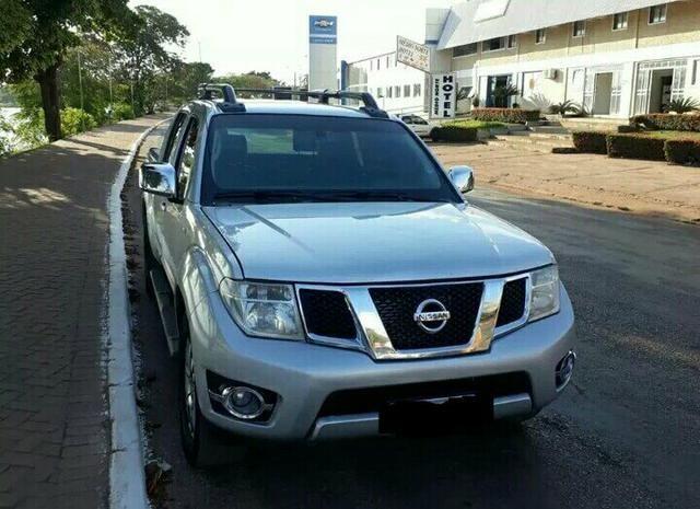Nissan frontier 2.5 sl cabine dupla 4x4 aut 4p