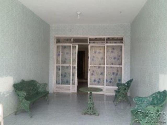 Casa no centro; prox lotérica da rua arauá - Foto 13
