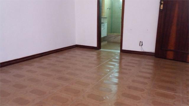 Tijuca Metrô Saens Pena 1 quarto e sala amplo, agende visita