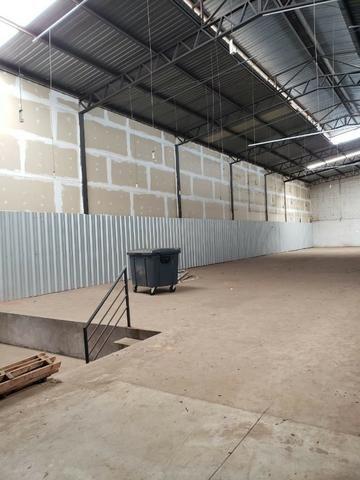 Alugo Galpão com área total de 1.200,00 m2, St. Vila Rosa na Av. Rio Verde - Foto 18
