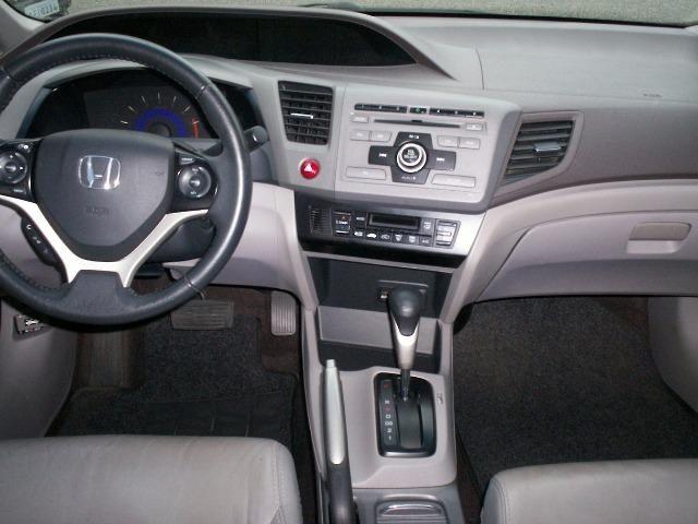 Honda Civic LXS 1.8 Automático Flex - Foto 5