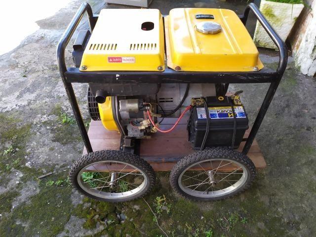 Gerador de Energia Diesel Monofásico (usado) - Foto 3