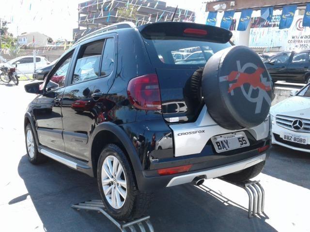 Volkswagen Crossfox 1.6 MI 8V Total Flex 4p - Foto 6