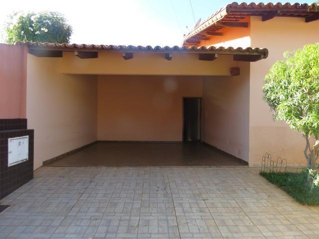 Casa a venda / Condomínio Vivendas Campestre / 03 Quartos / Churrasqueira / Casa de apoio  - Foto 3