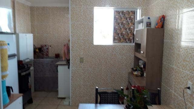 Apartamento 2 quartos no Alvaro Weyne em ótimo estado de conservação - Foto 11