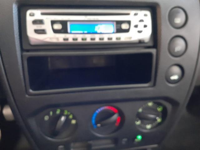 Ford Fiesta 1.6 8V Flex 5p 4P - Foto 10