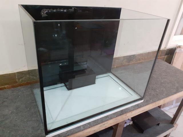 Aqua 70x42x55 10mm lapidado+sump externo/bota em acrilico corte laser/loc line - Foto 2