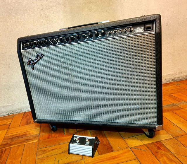 Amplificador Fender Ultimate Chorus 130w Marshall Vox Orange laney blackstar peavey