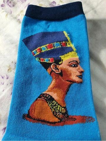 Par de meia de algodão azul cano alto com estampa do faraó  - Foto 3