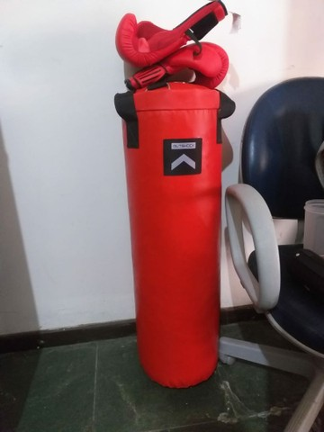 Saco de boxe com luvas novo  - Foto 3