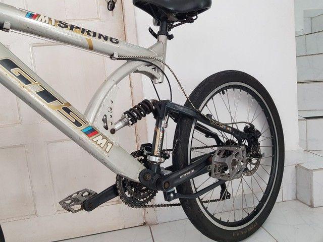 Bicicleta de Aluminio Profissional Aro 26 - Foto 3