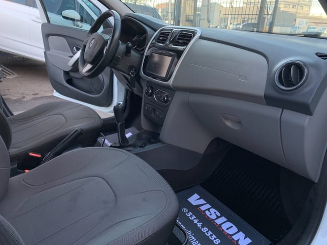 Renault LOGAN DYNAMIQUE 1.6 8V FLEX MEC. - Foto 8