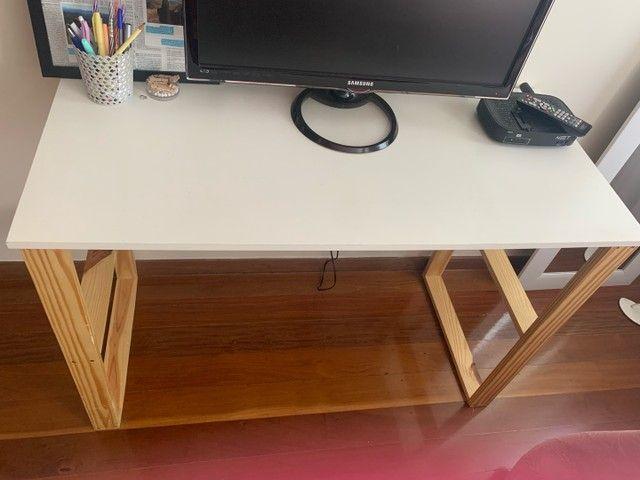 kit Escrivaninha, Arara de roupas e suporte de bolsa  - Foto 3