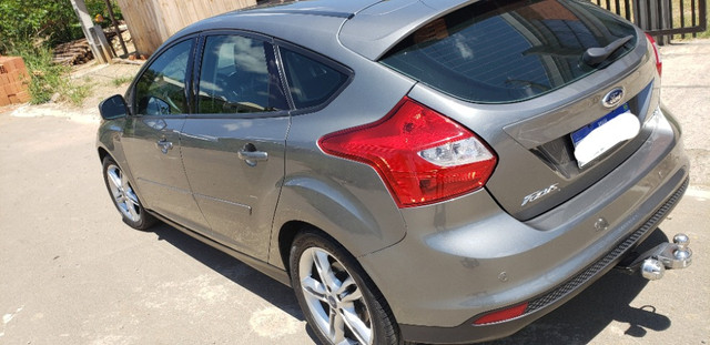 Ford Focus SE AT 2.0