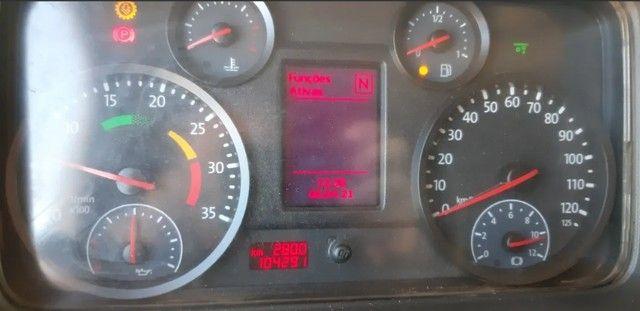 Caminhão 24280 Cabine leitto, Teto baixo Truck 6x2 Volkswagen - Foto 4