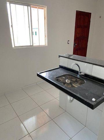 Apartamento com 1 quarto para alugar, 37 m² por R$ 320/mês - Maracanaú/CE - Foto 8