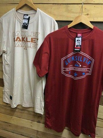 Camiseta básica R$ 28.00 cada, à vista  - Foto 6