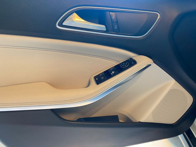 Mercedes-Benz GLA 200 1.6 Advance 2016/2016 Bancos interior bege ,Configuração Linda - Foto 15