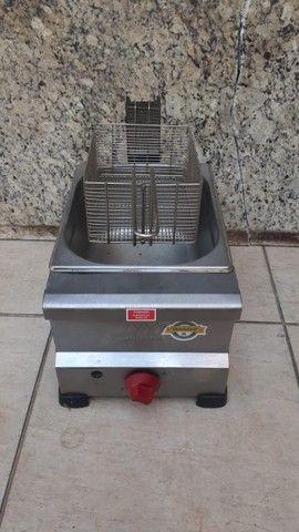 Fritadeira a gás em perfeito estado 220V sem detalhes marca Marchesini