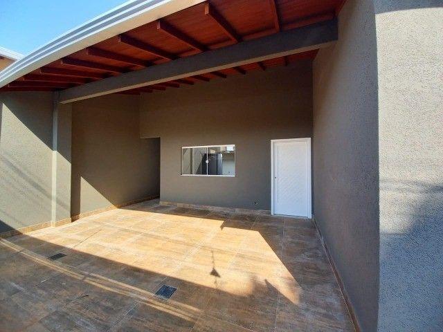 Linda Casa Jardim Montividéu com 3 Quartos***Venda*** - Foto 16
