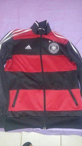 Vende-se jaqueta Adidas  seleção alemã - Peças e acessórios - Cidade ... d6b4d56c00ea5
