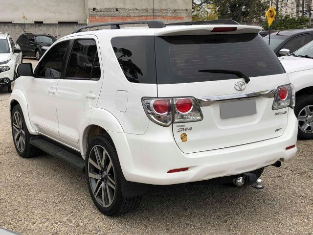 Toyota Hilux Sw4 Srv 3.0 4x4 Automática 7 Lugares - Foto 5