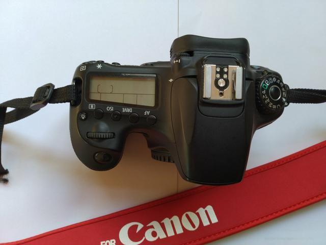 Canon 60D + lente 18/135 muito nova
