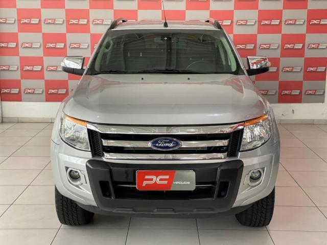 Ford Ranger 3.2 LIMITED 4P - Foto 2