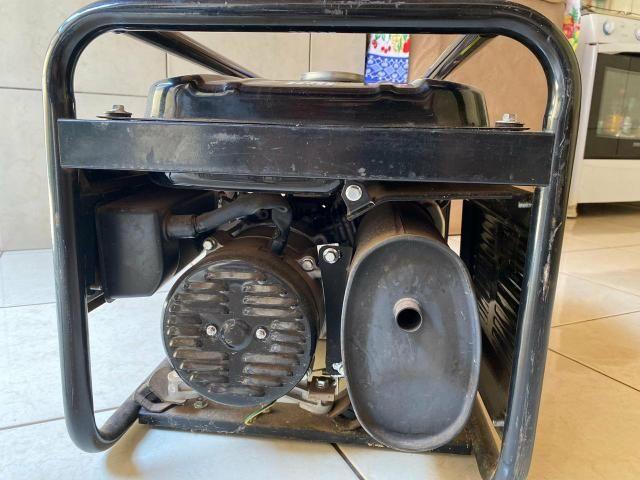 Gerador De Energia À Gasolina 2,2 Kva Tg2500mx Toyama - Foto 5