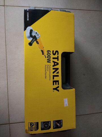 Só hoje! Politriz Angular Stanley 600 W (Nova) em até 4X  - Foto 2