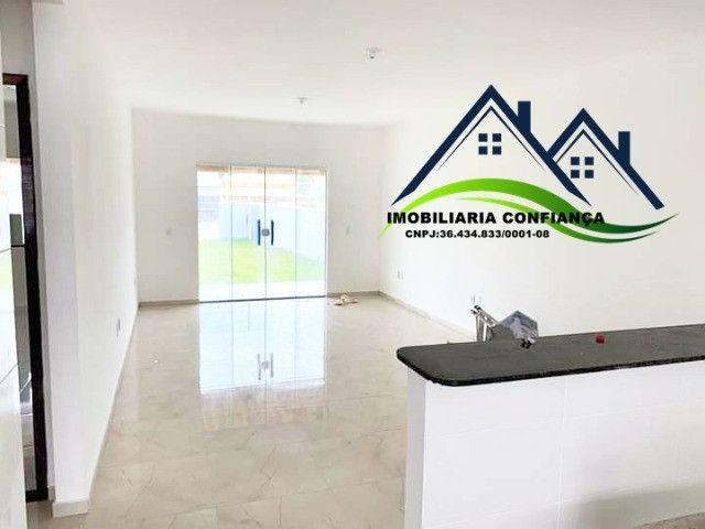 01- Linda Casa em Condomínio, 2 Quartos com piscina / Região dos Lagos - Foto 7