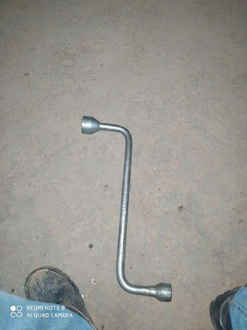 Chave de roda de caminhão 4mes de uso