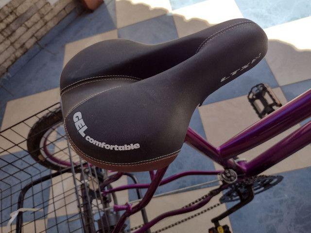 Lindo triciclo novo com cestinha e sela de gel - Foto 6