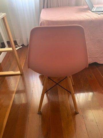 Cadeira Eiffel Rosa  - Foto 3