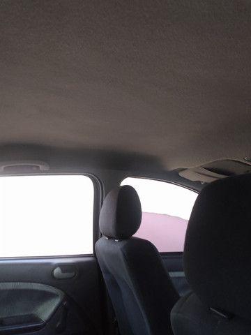 Fiesta sedan 1.6 8v 2009