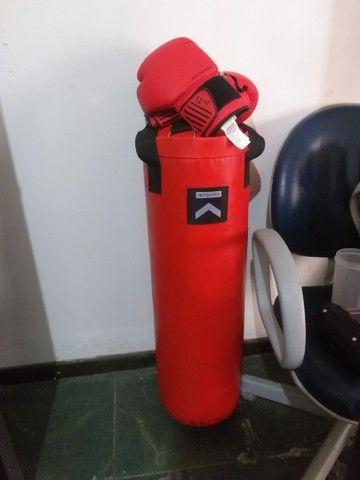 Saco de boxe com luvas novo  - Foto 4