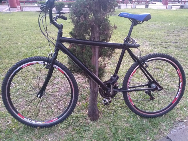 Bike Aro 26 recem montada rodas Aero todas as peças são novas esta tá valendo