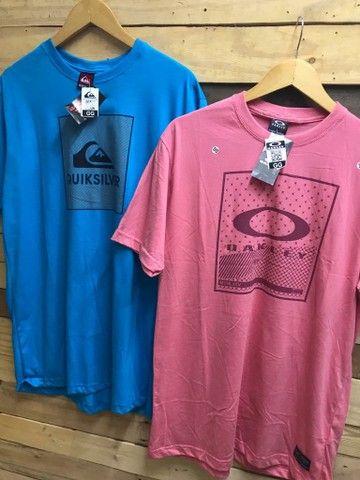 Camiseta básica R$ 28.00 cada, à vista  - Foto 3