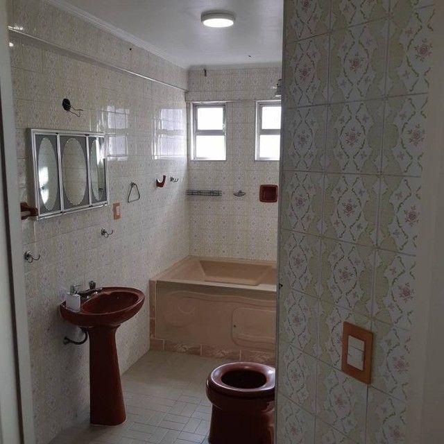 Amplo e arejado apartamento de 3 dorms (1 suíte) à venda no Gonzaga em Santos ? SP - Foto 18