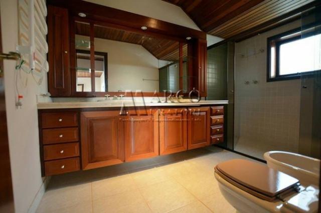 Oportunidade linda casa, local excelente, 250 m2 e 1000 m2 terreno - 4 suites - Foto 11